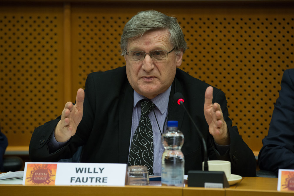 FRANCE (EN/FR): The proposed law on separatisms should not target religion – Le projet de loi sur les séparatismes ne devrait pas s'en prendre à la religion