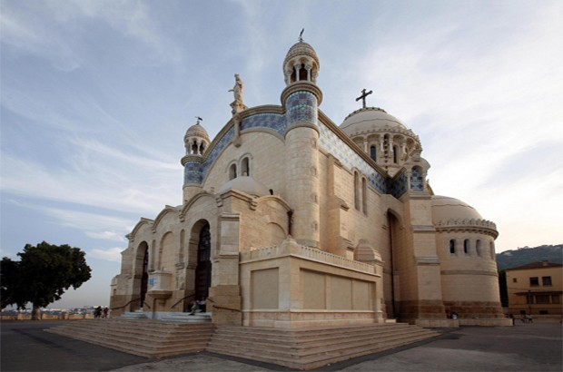 ALGERIA: Two Kabyl Christians sentenced to heavy prison terms