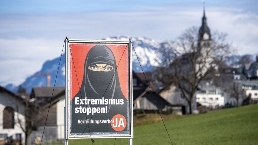 SWITZERLAND: Referendum: Voters support ban on face coverings in public