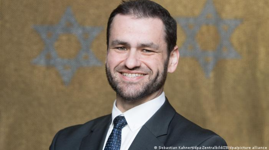 GERMANY: Germany's military appoints first rabbi since before Holocaust