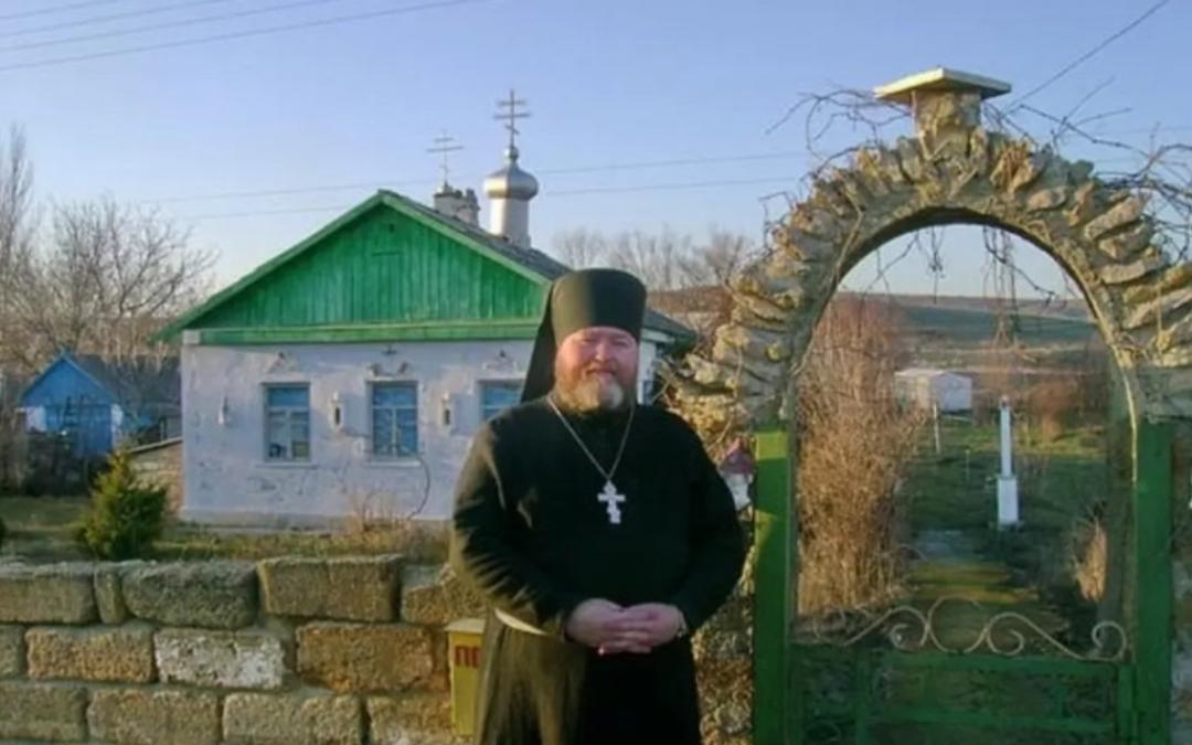 RUSSIA/UKRAINE/CRIMEA: Russia moves to prohibit Ukrainian Orthodox church services in occupied Crimea